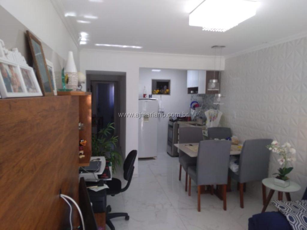 Linda casa em condomínio no Portinho